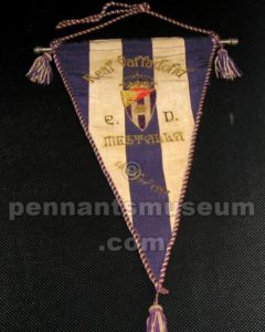 Embroidered pennant of the match Real Valladolid vs Mestalla played in 1943