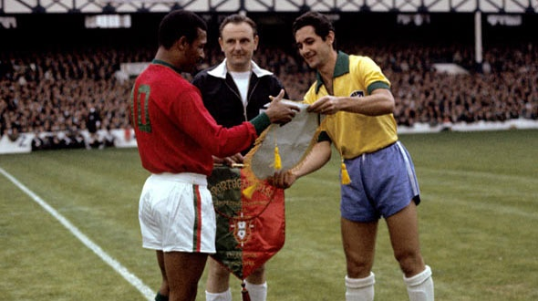 Pennants exchange before the RIMET World Cup 1966 match Brazil vs Portugal