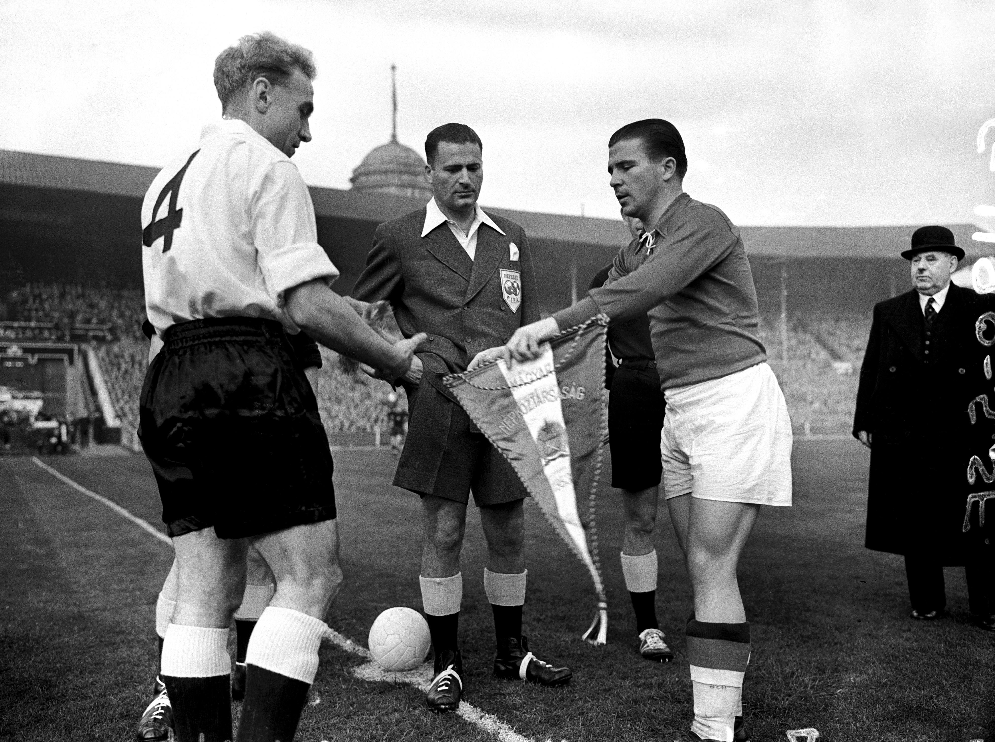 Pennants exchange before the match England vs West Germany played in 1953