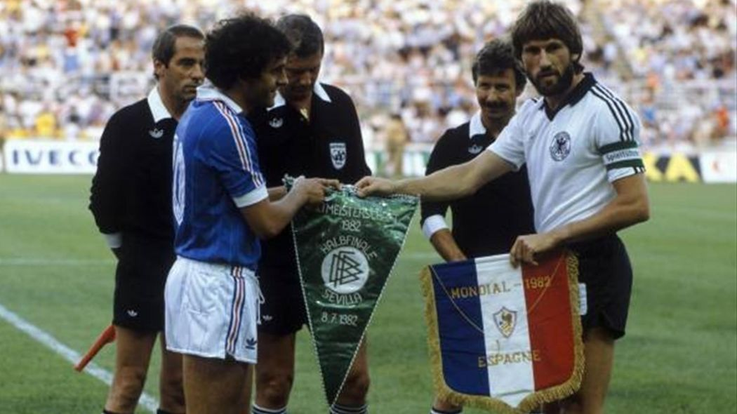 Pennants exchange before the FIFA World Cup 1982 match France vs West Germany