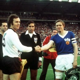 Pennants exchange before the FIFA World Cup 1974 match West Germany vs East Germany