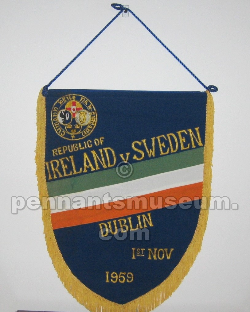Embroidered pennant of the match Ireland vs Sweden played in 1959