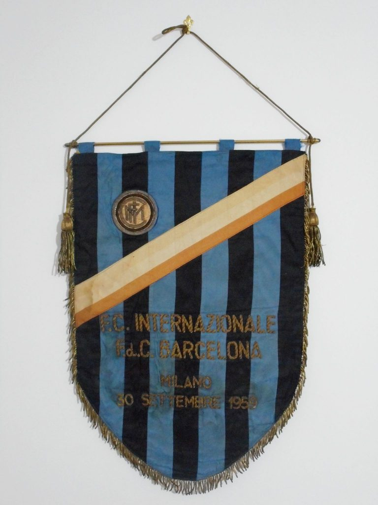 Gagliardetto Inter 1959: Inter fairs cities cup match pennant Inter v Barcelona