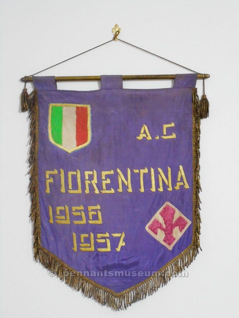 Gagliardetto della stagione 1956-1957