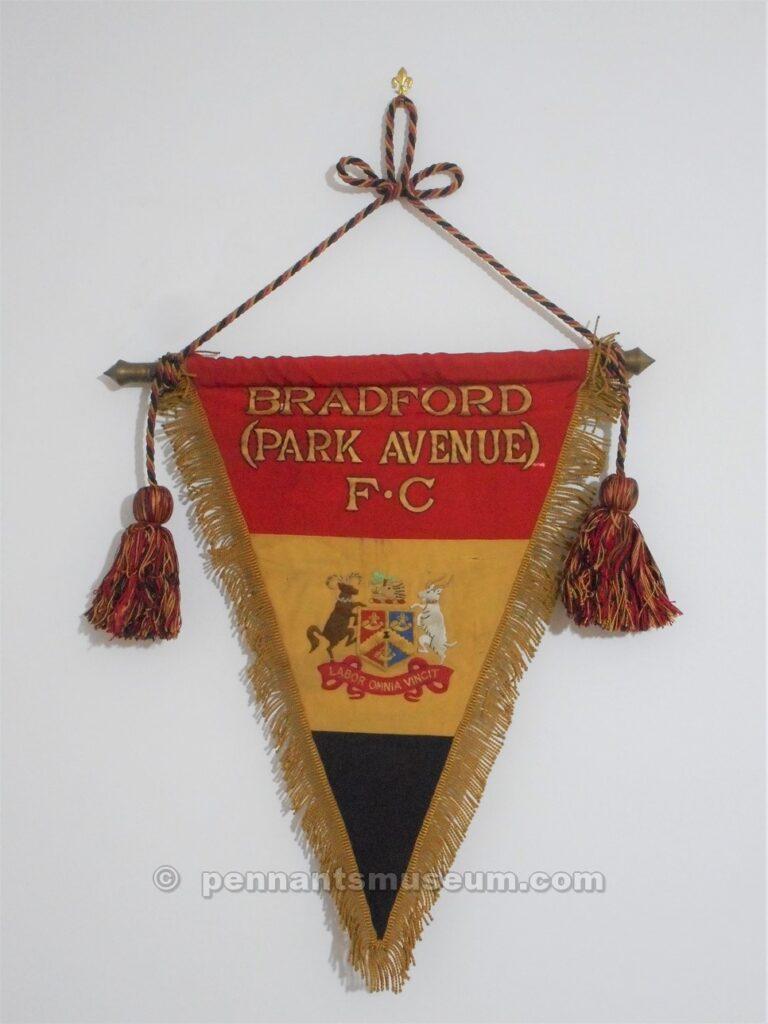 Gagliardetto dei britannici del Bradford City F.C.