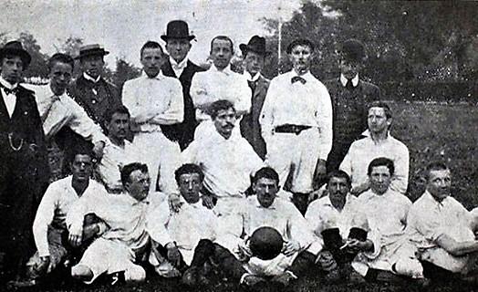 Una delle prima formazioni del Bayern