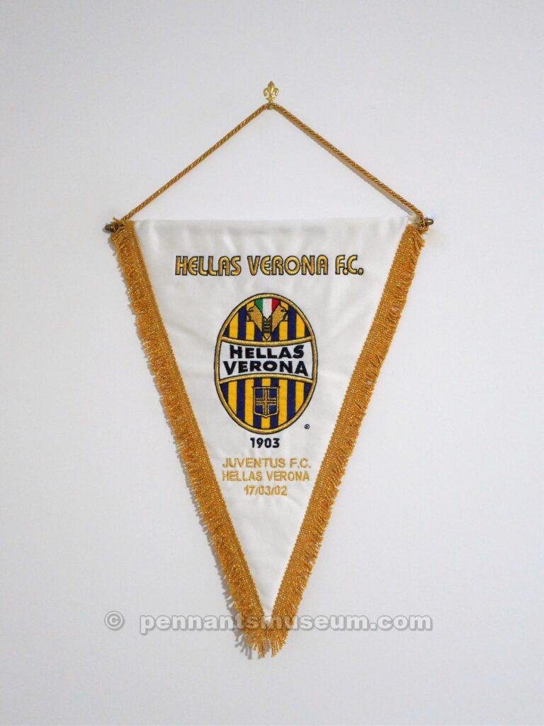 Gagliardetto della partita Juventus vs Verona
