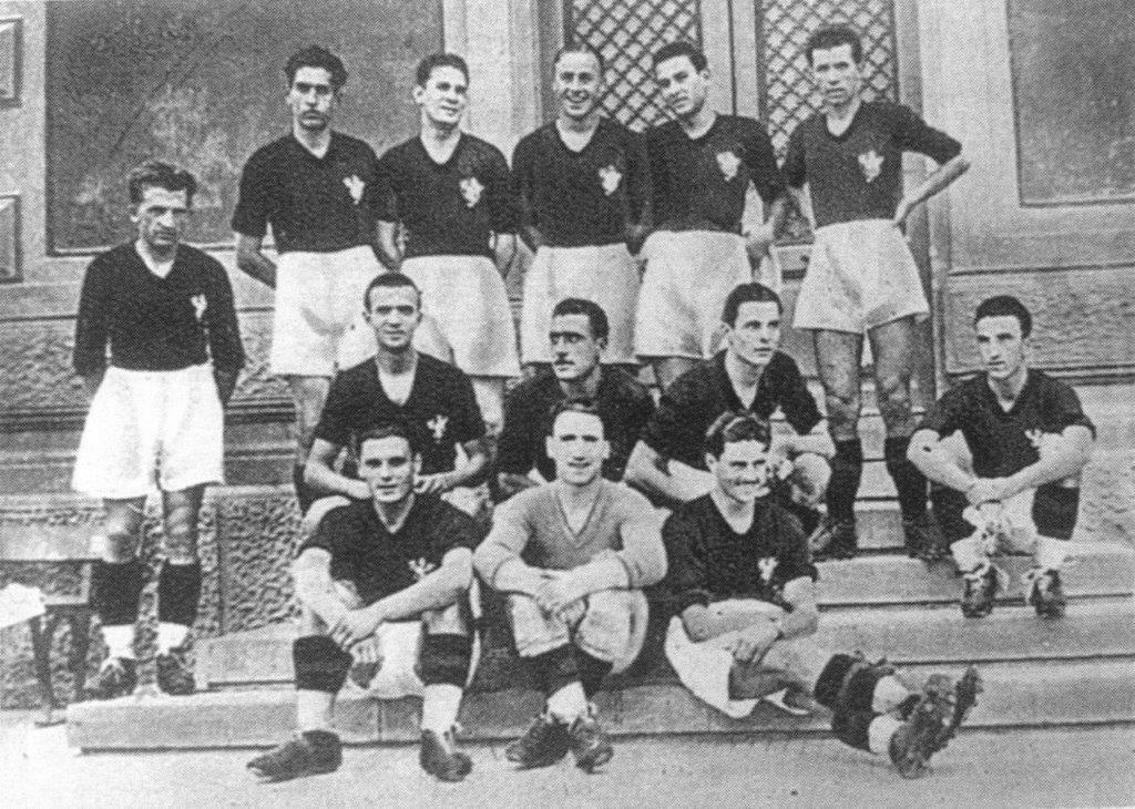 Perugia stagione 1933 – 1934. Sulle maglie spicca il grifone